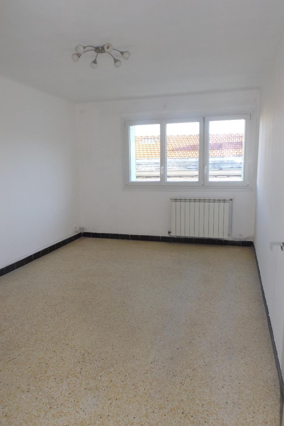 location appartement montpellier 34000 4 pi ces sur le partenaire. Black Bedroom Furniture Sets. Home Design Ideas